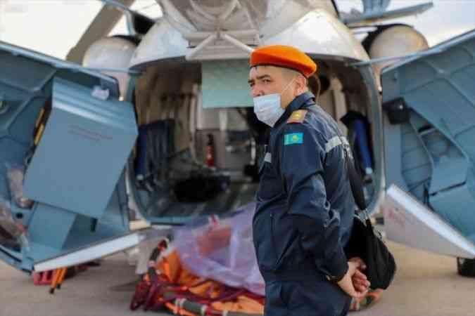 Kazakistan, orman yangınlarıyla mücadele için Türkiye'ye 2 helikopter ve özel  itfaiye ekibi gönderdi - Haberma - Son Dakika Haber