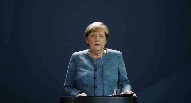 Merkel, Afganistan'daki durumu Fransız, İngiliz ve İtalyan liderlerle görüştü