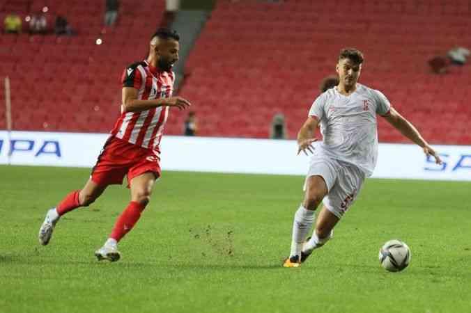Samsunspor sahasında Balıkesirspor'u 3-1 yendi