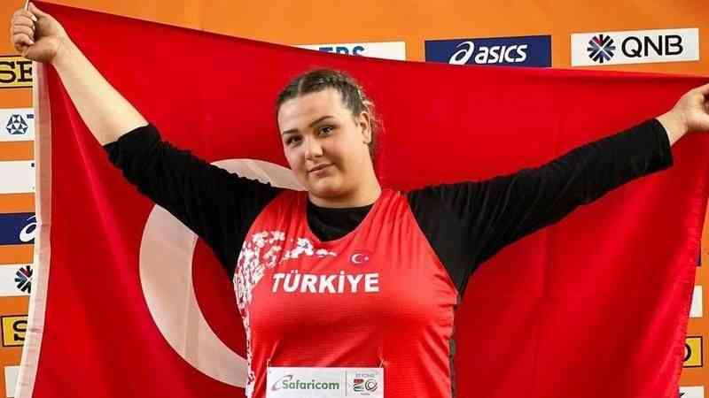 Genç milli atlet Pınar Akyol, gülle atmada dünya ikincisi oldu