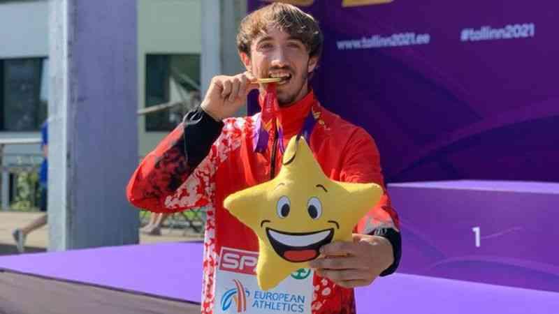 Milli atlet Berke Akçam, erkekler 400 metre engellide dünya ikincisi oldu