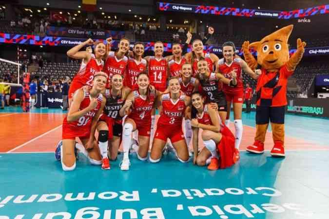 Türkiye A Milli Kadın Voleybol Takımı 5'te 5 yaptı