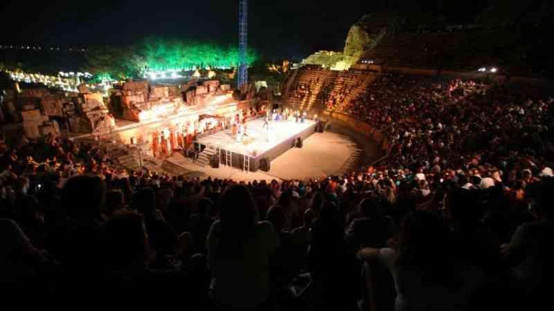 4. Uluslararası Efes Opera ve Bale Festivali 'Carmen' ile başladı