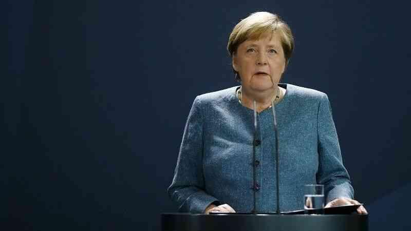 """Merkel: """"Afganistan'da son 20 yılın kazanımlarını korumak için Taliban ile diyalog devam etmeli"""""""