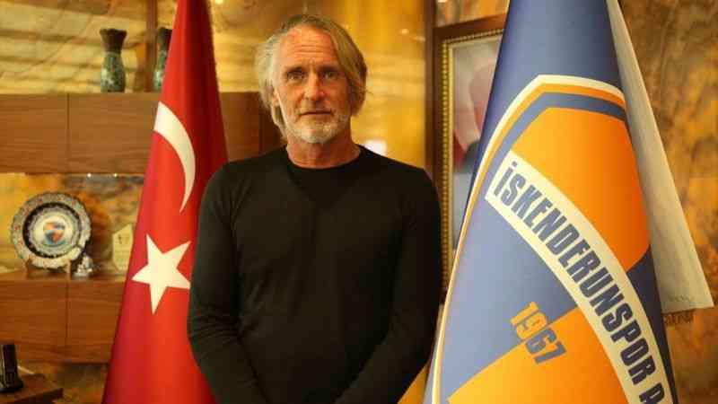 Galatasaray'da iki kupa kazanan Riekerink, İskenderunspor'la şampiyonluk hedefliyor