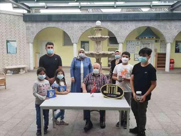 Almanya'da öğrenciler Karadeniz bölgesindeki sel mağdurlarına harçlıklarıyla destek oldu