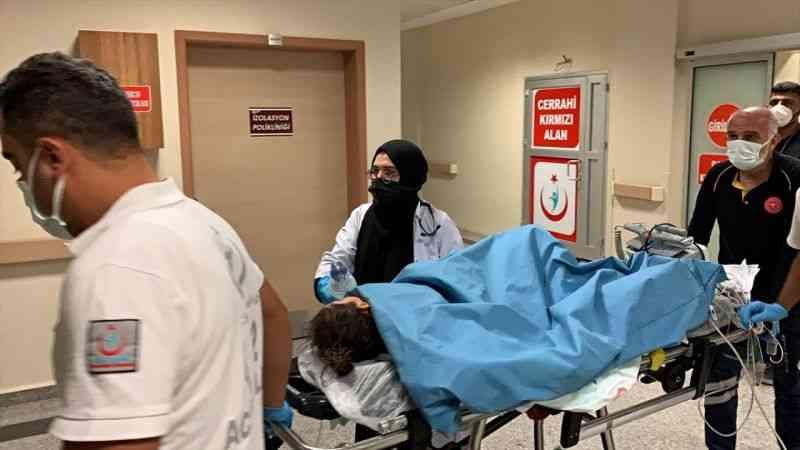 Pekmez kaynatılan kazana düşen 7 yaşındaki çocuk ağır yaralandı