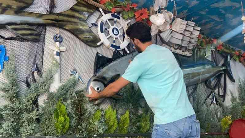Denizlerde av yasağının kalkmasını balık satıcıları da dört gözle bekliyor