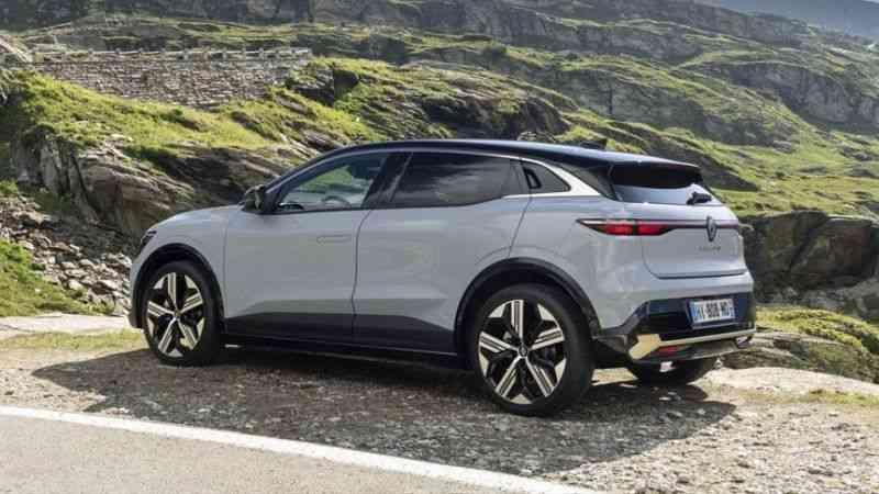 Yeni Megane E-Tech Electric, Münih Otomobil Fuarı'nda görücüye çıktı