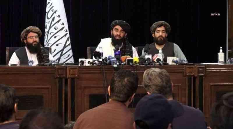 Taliban, Afganistan'ı yönetecek hükümeti açıkladı