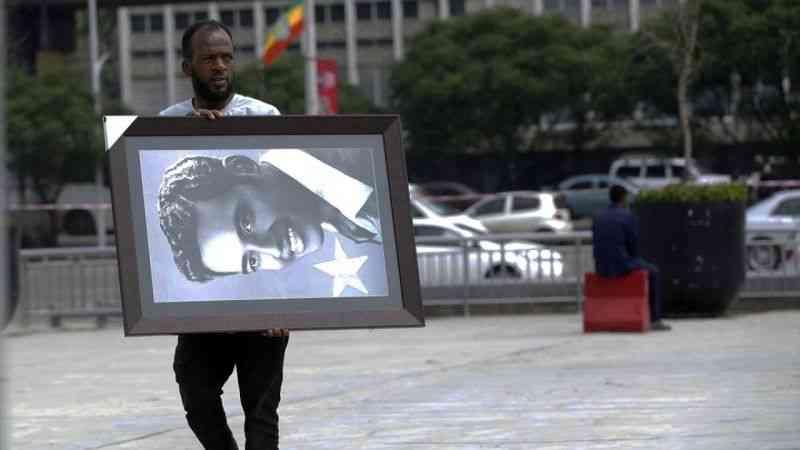 Ünlü Etiyopyalı Sanatçı Eshete, son yolculuğuna uğurlandı