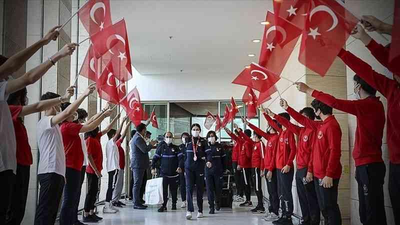 Türkiye'nin 2020 Tokyo Olimpiyatları ve Paralimpik Oyunları'ndaki başarısı