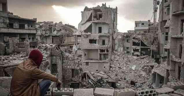 Suriye İnsan Hakları Ağı: Rejim ve Rus güçlerinin İdlib'in güneyine saldırılarında 3 ayda 61 sivil öldü
