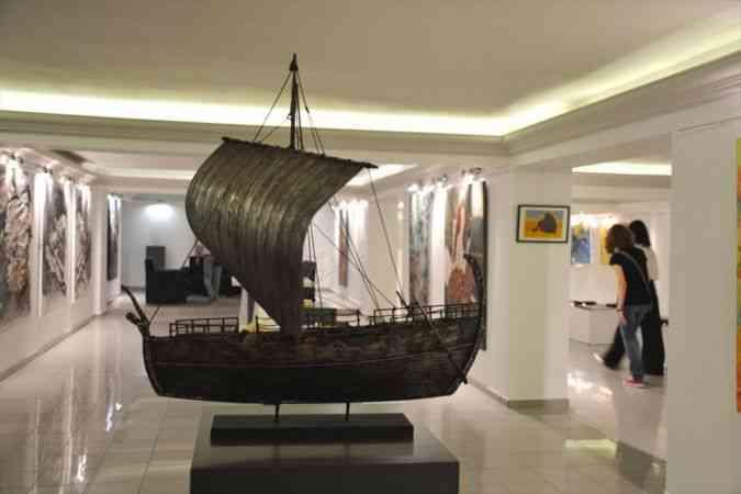 """Kıbrıs Modern Sanat Müzesi """"Yeni Öğretim Yılı"""" sergisi açıldı"""