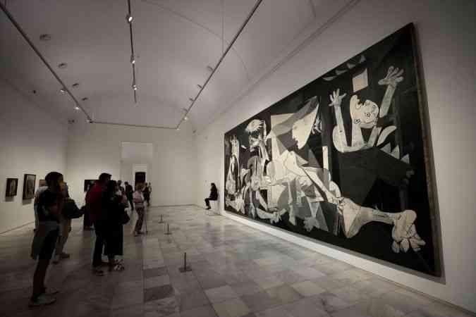 Picasso'nun Guernica tablosunun İspanya'ya getirilişi 40. yılını doldurdu