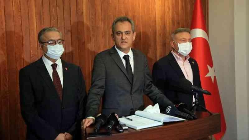 """Milli Eğitim Bakanı Özer: """"En son kapatılacak yerlerin okullar olduğu irademiz aynen devam etmektedir"""""""