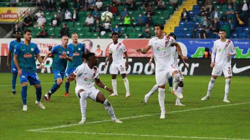 Çaykur Rizespor, Atakaş Hatayspor'a 2-0 yenildi