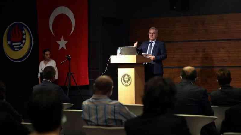 """YÖKAK, Türk Eğitim Derneği Üniversitesine 5 yıl süreyle """"tam akreditasyon"""" hakkı verdi"""