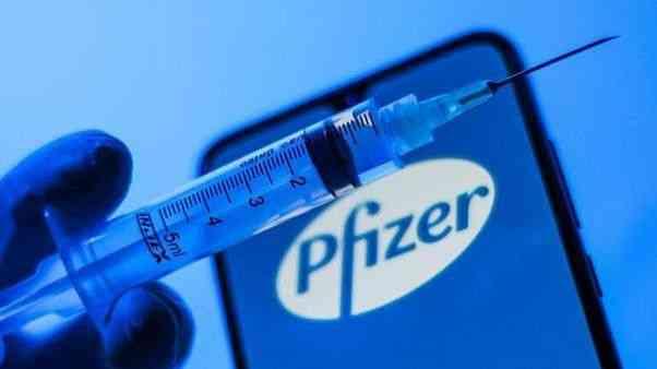 Japonya'da Pfizer üretimi Kovid-19 aşısı şişeciklerinde yabancı madde saptandı