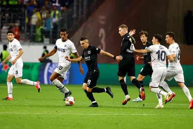 Fenerbahçe, Eintracht Frankfurt ile 1-1 berabere kaldı
