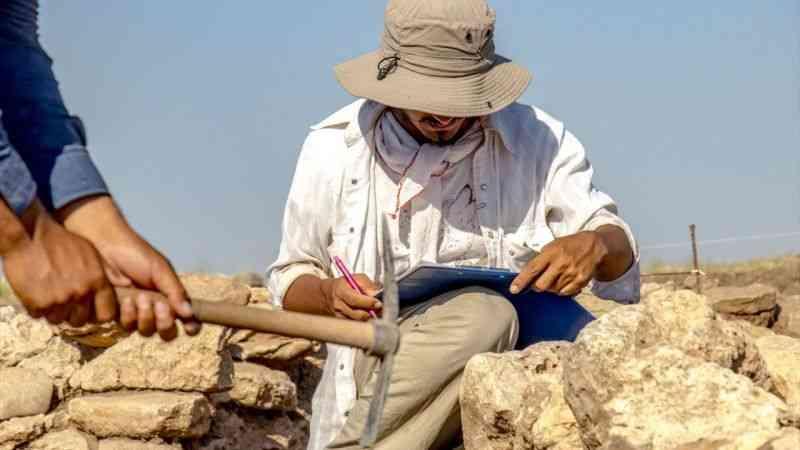 Dünya uygarlık tarihine ışık tutan Diyarbakır Çayönü'nde arkeolojik kazılar sürüyor