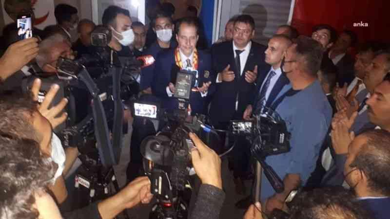 """Fatih Erbakan'dan aşı açıklaması: """"Mecbur kalındığında Türkovac düşünülebilir"""""""