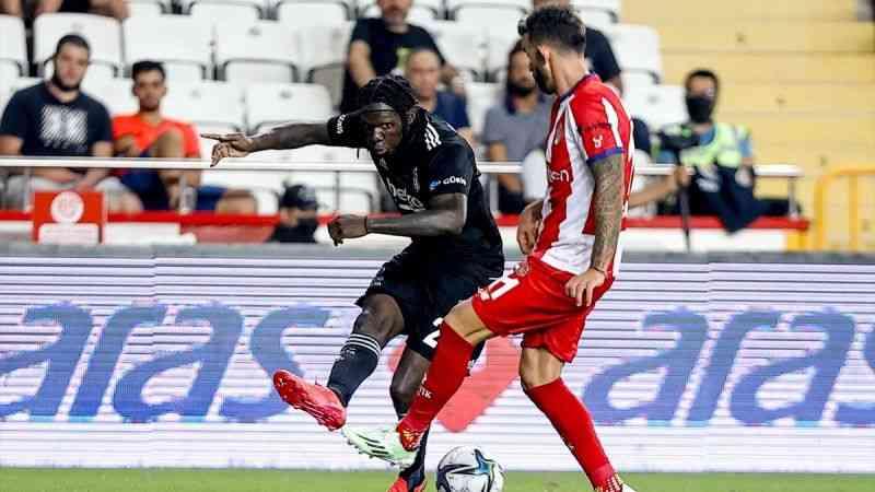 Beşiktaş, Antalyaspor'u 3-2 yendi