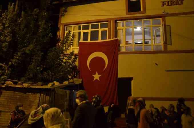Şehit Piyade Uzman Çavuş Ümit Solak'ın acı haberi Muş'taki ailesine ulaştı