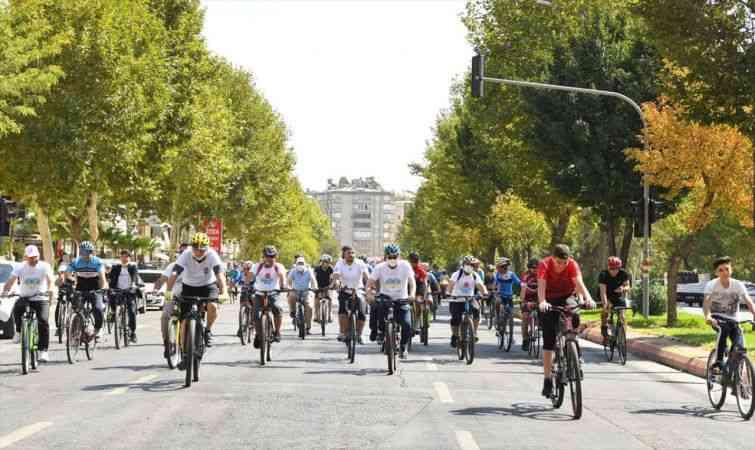 """Kahramanmaraş'ta """"Avrupa Hareketlilik Haftası"""" etkinliği kapsamında pedal çevrildi"""