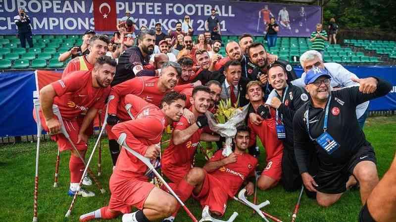 Ampute Futbol Milli Takımı üst üste ikinci kez Avrupa şampiyonu oldu