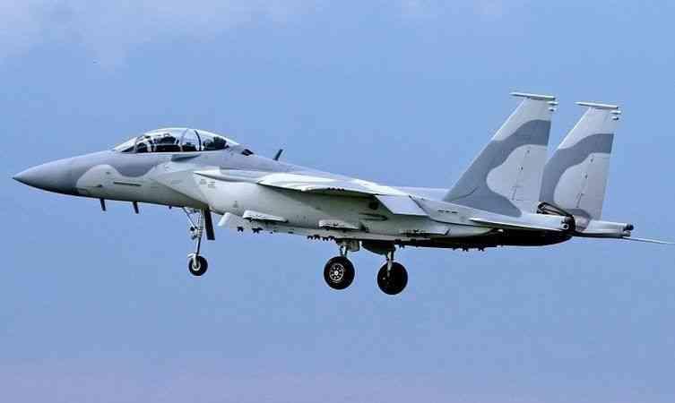 """Katar, ABD'den satın aldığı """"Ebabil"""" savaş uçaklarından 3'ünün test uçuşunu yaptı"""