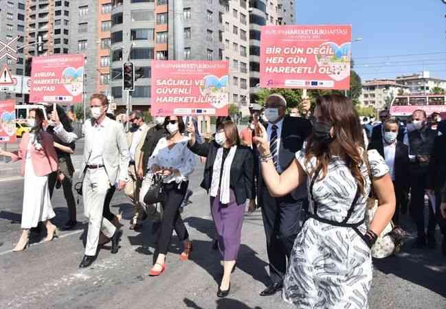 """Gaziantep'te """"Avrupa Hareketlilik Haftası"""" kapsamında bisiklet dağıtıldı"""
