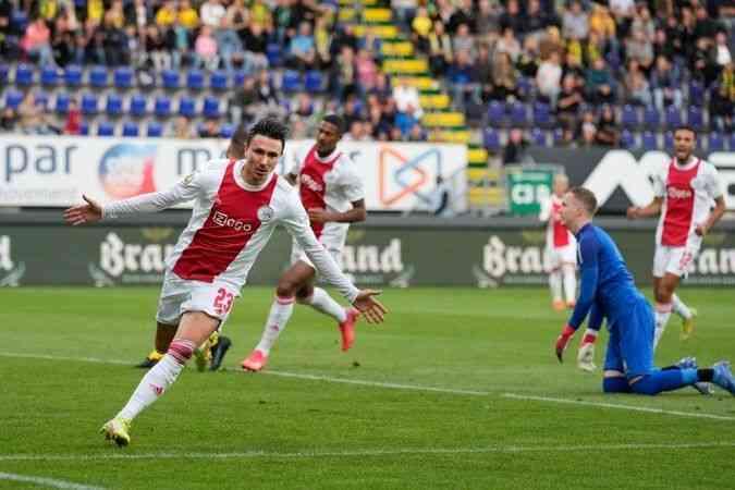 Ajax, Fortuna Sittard'ı 5-0 yendi.
