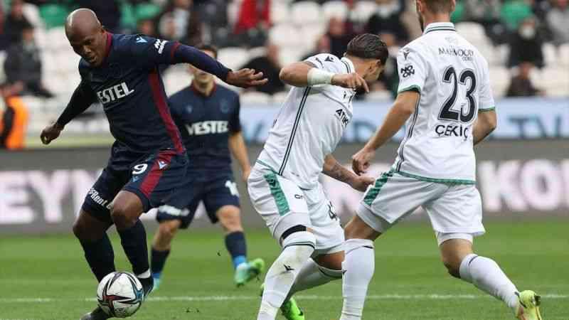 Konyaspor, sahasında Trabzonspor ile 2-2 berabere kaldı