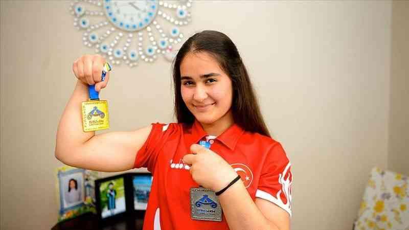 Avrupa şampiyonu bilek güreşçi Tuğba Yıldırım, Dünya Şampiyonası'na odaklandı