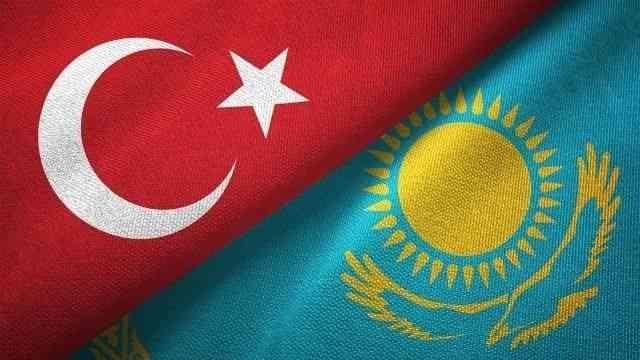 Kazakistan ve Türkiye Kovid-19 aşı pasaportlarını karşılıklı onayladı