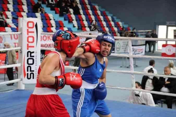 Zonguldak'ta düzenlenen Türkiye Ferdi Boks Şampiyonası sona erdi