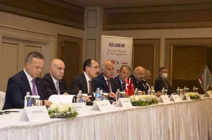 Ticaret Bakanı Muş, Erbil'de iş insanlarıyla bir araya geldi