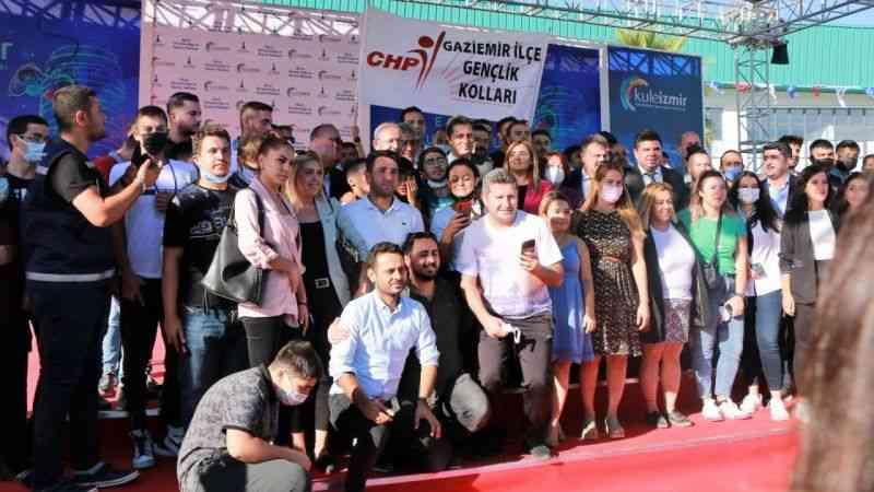 """Kılıçdaroğlu gençlere seslendi: """"Sizler Türkiye'nin kaderini değiştireceksiniz"""""""