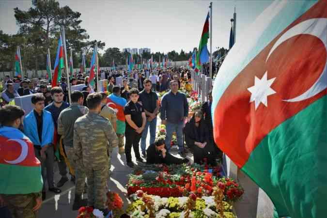 Azerbaycan'da, 2. Karabağ Savaşı'nın 1. yılında şehitler anıldı