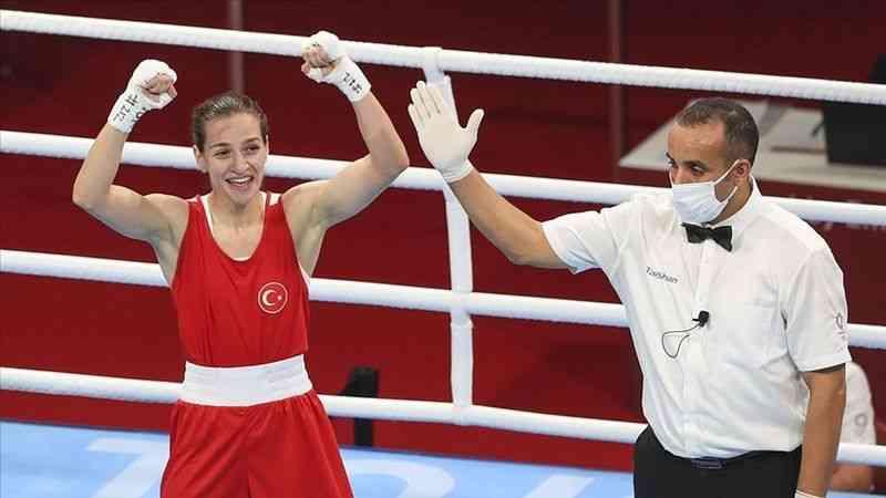 Milli boksör Buse Naz Çakıroğlu hedeflerini anlattı