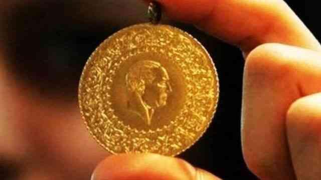 Çeyrek altın 810 lira, Cumhuriyet altını 3.315 liradan satılıyor
