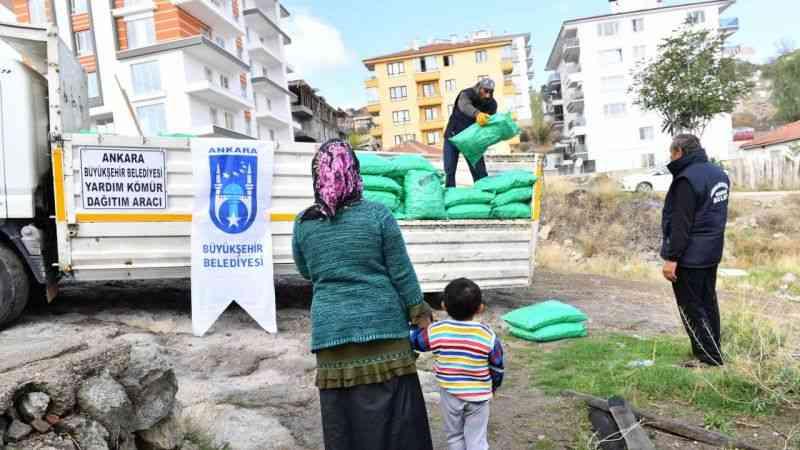Kapı kapı kömür dağıtma devri Ankara'da sona erdi