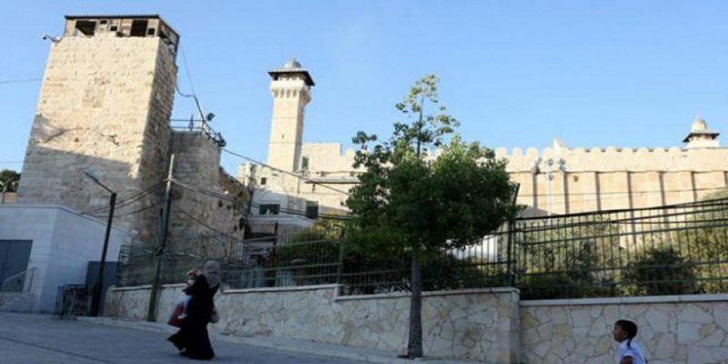 Hz. İbrahim Camii'ne Siyon şamdanlığı!
