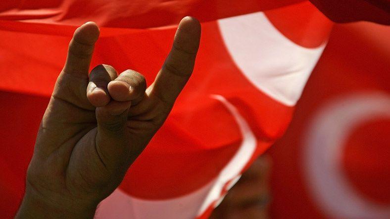 MHP'de istifa yağmuru! Açıklamalar peş peşe geldi