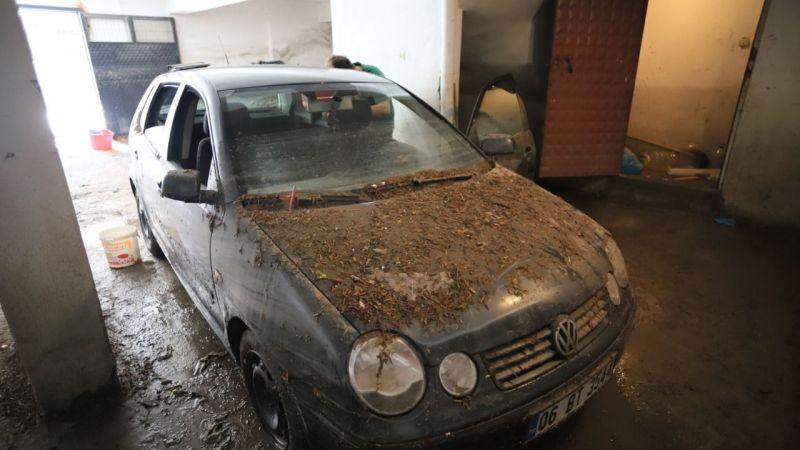 Ankara'da selin neden olduğu yıkım gün ağarınca ortaya çıktı