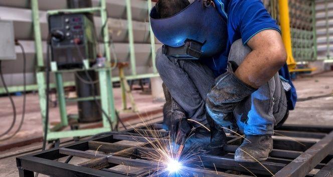 Bakan Albayrak sanayi üretimi rakamlarını değerlendirdi