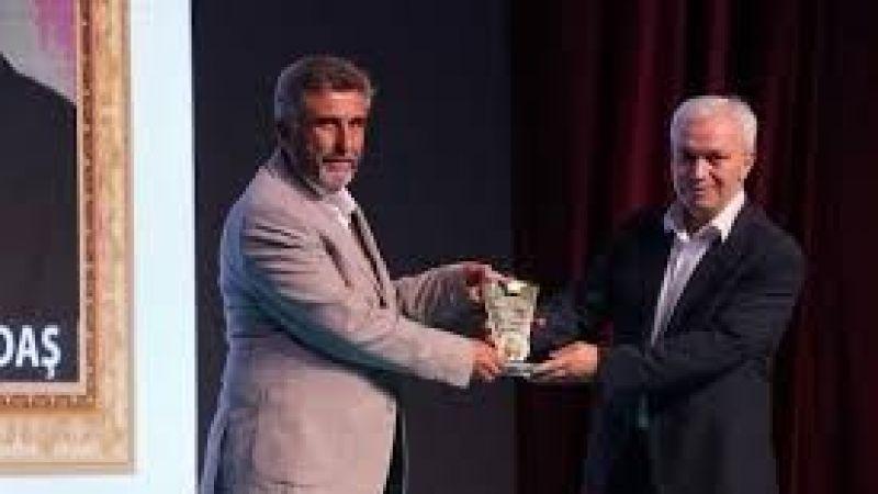 Millî Gazete'ye 'Yılın Aileye ve Milli Değerlere Önem Veren Gazetesi' ödülü