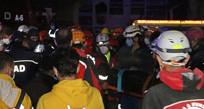 Yağcıoğlu apartmanı enkazında bir kadının cansız bedenine ulaşıldı