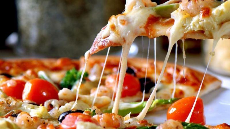 Bu sefer Kızılay'dan, 'askıda pizza kampanyası'